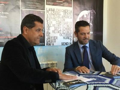Pepe Lomo y Julio López, concejal de cultura de Salamanca