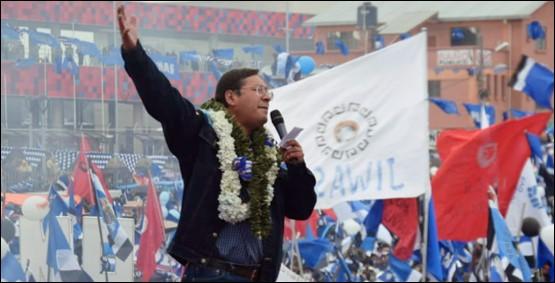שנה לאחר ההפיכה שהדיחה את הנשיא מוראלס: מועמד השמאל גרף יותר ממחצית הקולות
