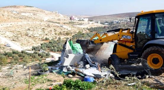 בצלם: תוך יממה נהרסו בשטחים הכבושים בתיהם של 44 פלסטינים מתוכם 22 ילדים