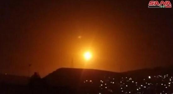 """ישראל תקפה יעדים בסוריה בעקבות הוראת שר החוץ של ארה""""ב פומפאו"""