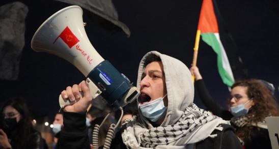 הפגנה מול ביתו של השר אוחנה בגלל אזלת ידו במיגור הפשע בחברה הערבית