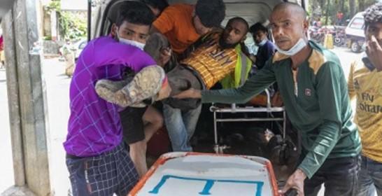 משטרת בנגלדש הרגה חמישה פועלי בניין שהפגינו נגד הלנת שכרם