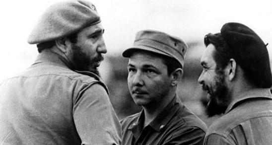 יממה לאחר ההתפטרות של ראול קסטרו נחשפו מסמכים אמריקאים המסגירים ניסיונות להתנקש בחייו