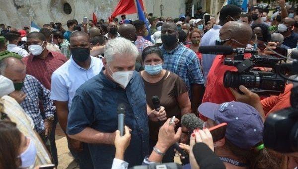 הפגנות מחאה בקובה בגלל המצב הכלכלי וקצב ההתחסנות האיטי נגד הקורונה