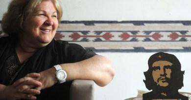 אליידה גווארה: חיה בקובה ומגינה על המהפכה הסוציאליסטית