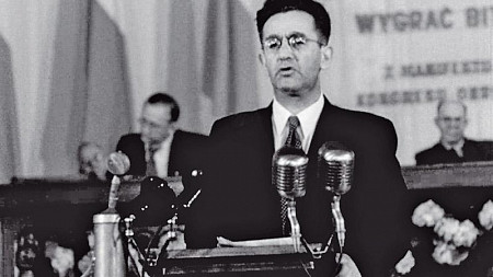 בנימין גולדברג ; ממייסדי פולין הסוציאליסטית, הוגה דעות וסופר, נולד ב-14 ביולי 1904 בוארשה