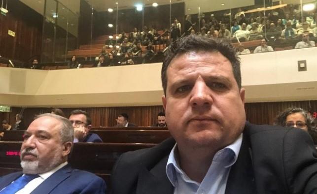 """ח""""כ עודה: שר האוצר ליברמן הציע משאבים נוספים לחברה הערבית כדי שנתמוך בתקציב"""