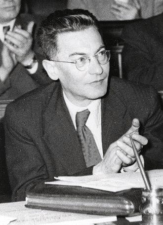 ב-12 באוקטובר 1898 נולד יוז'ף רוואי בבודפשט היה סופר ופוליטיקאי מראשי המפלגה הקומוניסטית ההונגרית