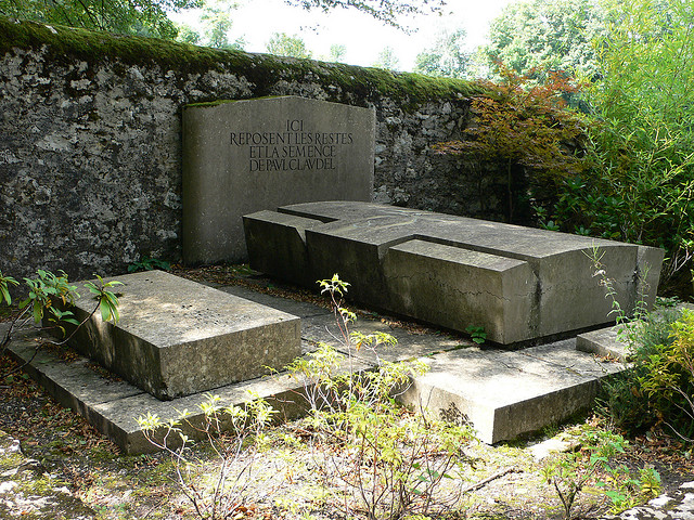 Ο τάφος του Κλωντέλ στη Μπρανγκ