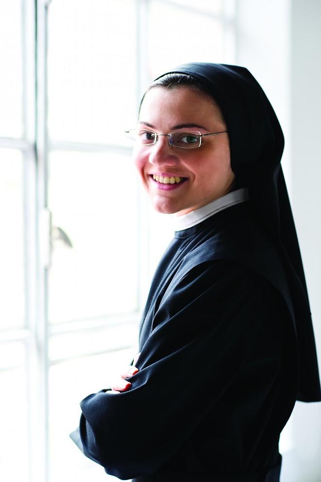 SisterCristina_photo2_Sister-Cr_300CMYK-660x991