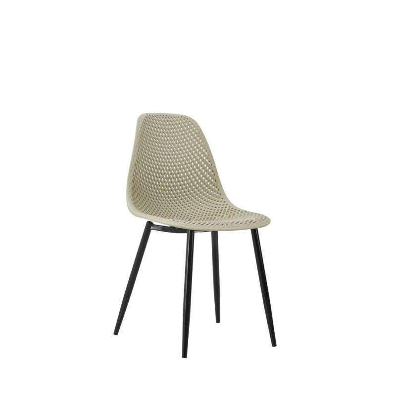 les chaises lucia utilisables comme chaises de salle a manger ou chaises de cuisine ou dans une salle a manger couleur beige collection helsinki