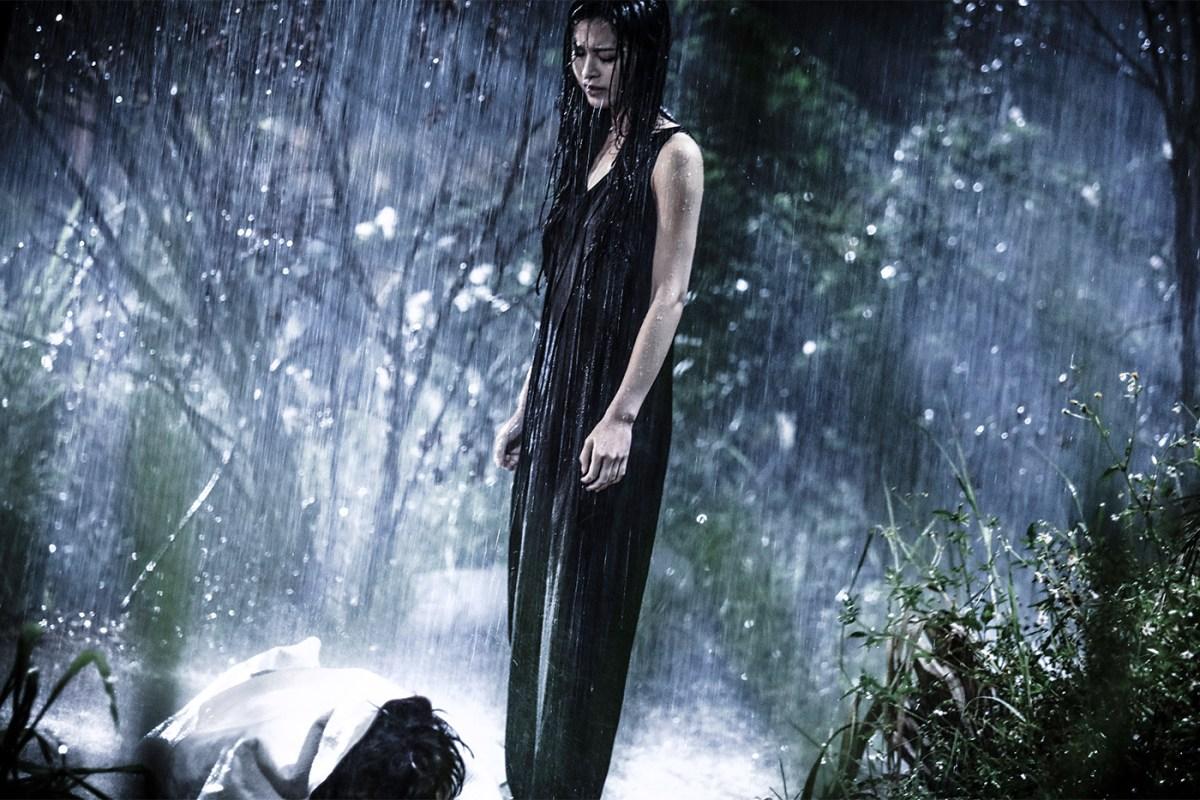 Janice Man as Jasmine hiding her part in the crime in Nessum Dorma