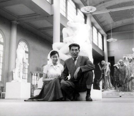 Thérèse Tung Ching-chao and Chu Teh-chun visiting the musée Rodin, 1955