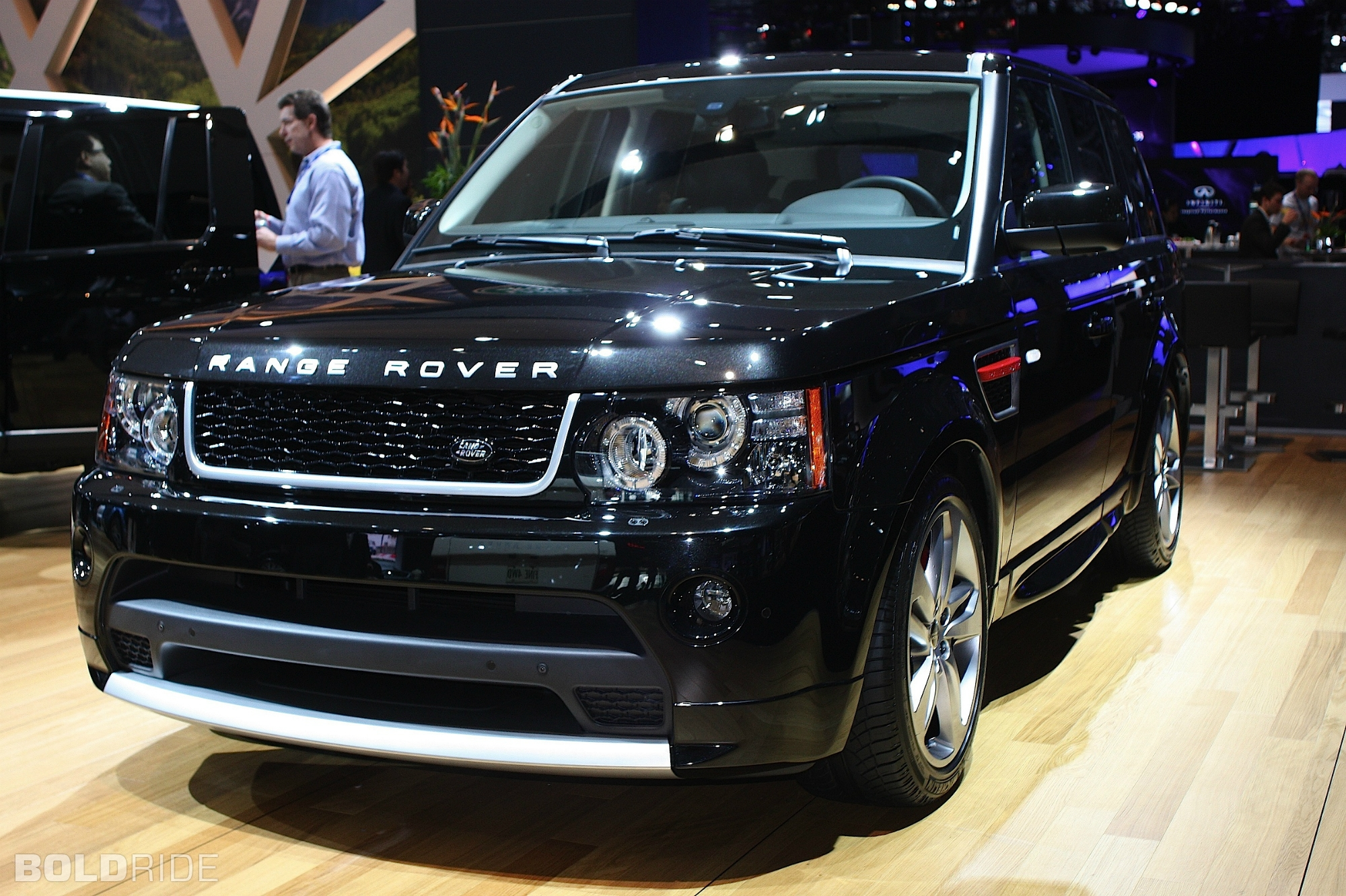 2012 Land Rover Range Rover Information and photos ZombieDrive