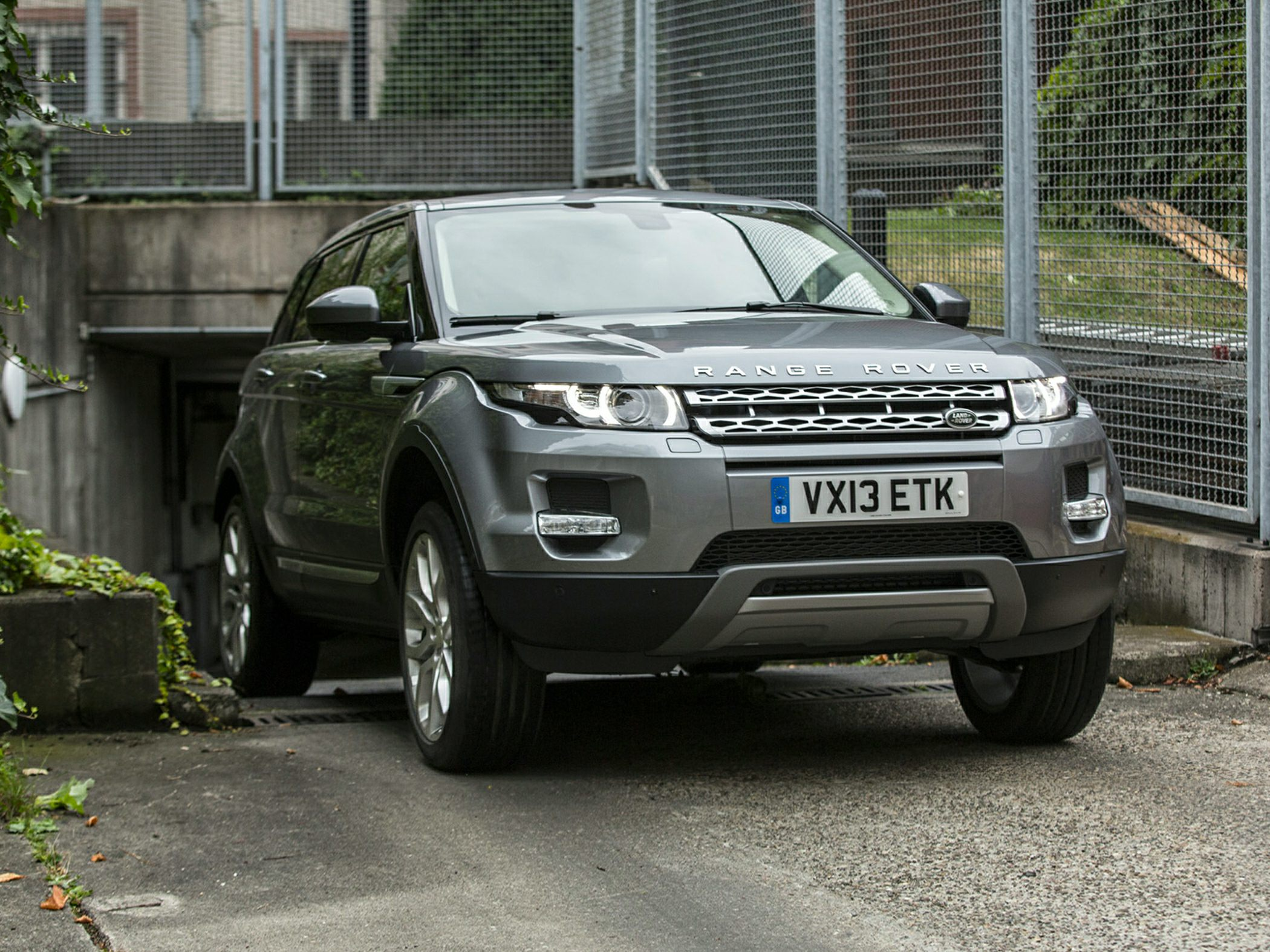 2014 Land Rover Range Rover Evoque Information and photos