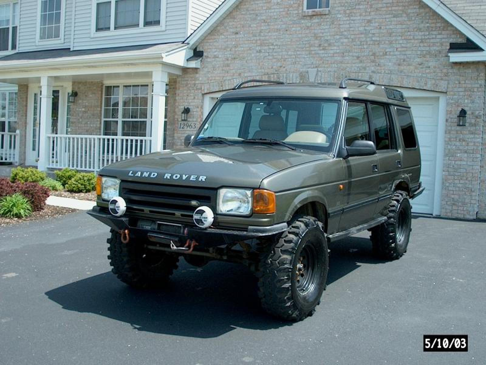 1997 Land Rover Discovery Information and photos ZombieDrive