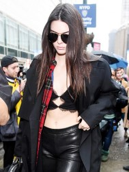 what-was-she-wearing-kendall-jenner-lace-bra-top-leather-leggings-outfit-2016-184618-1455737470-promo-640x0c