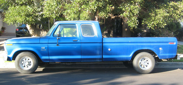 1975 Ford F250 side