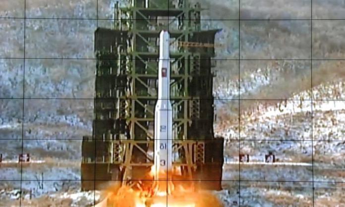 El lanzamiento de un cohete Unha-3 en diciembre de 2012. Foto: AP