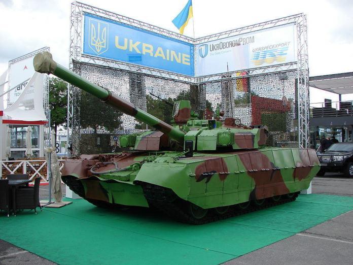 Tanque ucraniano BM Oplot en Eurosatory 2012