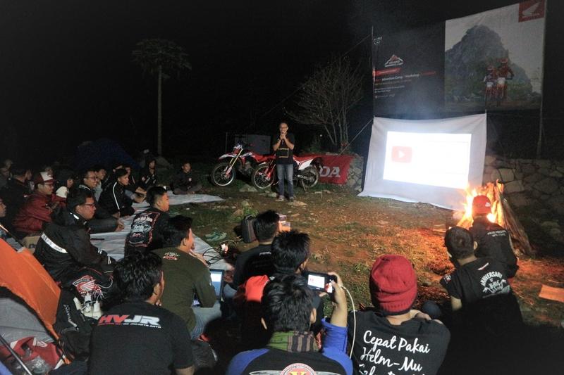 Biker Adventure Camp & Workshop Jurnalistik