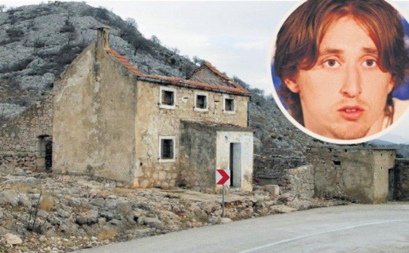 Le rovine di casa Modric, 2011.