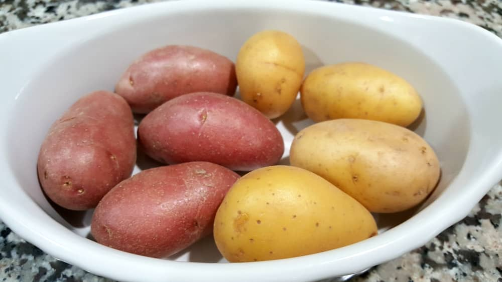 Roasted Fingerling Potatoes Recipe - place potatoes in a dish