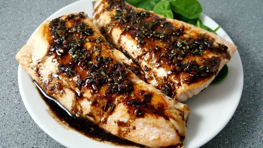 Balsamic Glazed Salmon Recipe - easy and quick, ready in 25 minutes