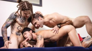 [VIDEO] Double Dip That Dick – Gabriel Clark & Sunny D and Tommy Tanner