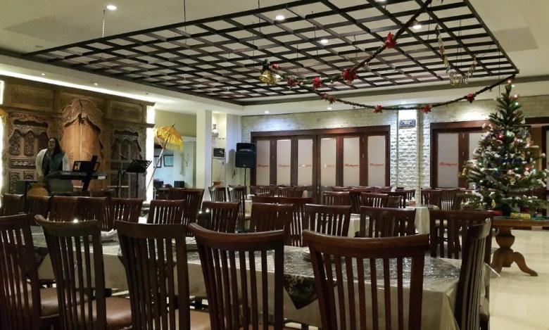 tempat makan paling asyik di surabaya