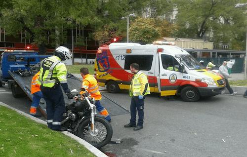 Efectivos de Emergencias y Policía, en el lugar del suceso - Ayto