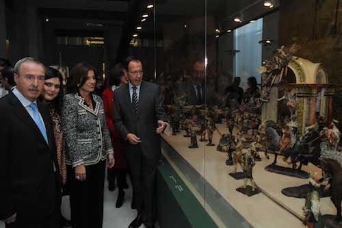 Botella inaugura el primer Belén de pago del Palacio de Cibeles - Ayto