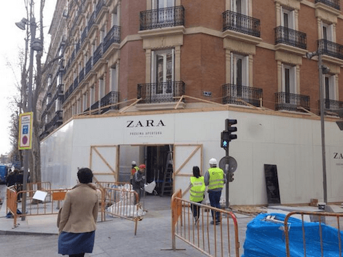 Acceso a la futura tienda de Zara - TW @etornofranchise
