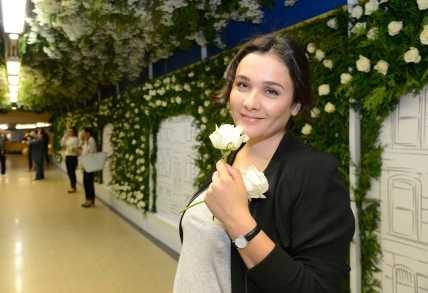 Rosas en el metro 4