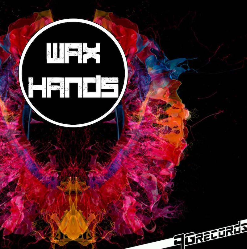 wax hands_www.zone-magazine.com