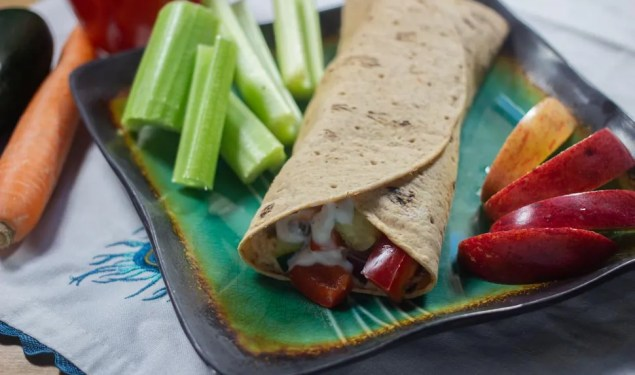 ZooFit Recipe of the Week: Greek Wraps