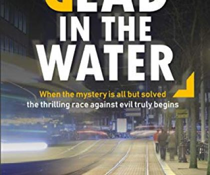 #BookReview of Dead in the Water by Simon Bower @simonbowerbooks @damppebbles @middlefarmpress #Deadinthewaterbook #damppebblesblogtours