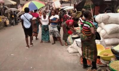 Matadi : Les vendeurs de la commune de Nzanza invités à libérer les abords de routes
