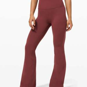 Lululemon Flare Super High-Rise Nulu Groove Pant Zoomer Zones
