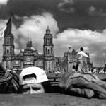 er asomo frente a catedral