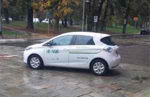 foto-A-cronaca-regionale-carsharing-300x195 Green cities. Incentivi per le auto elettriche e i punti di ricarica Ambiente Costume e Società