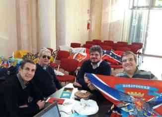 incontro sulle bandiere storiche