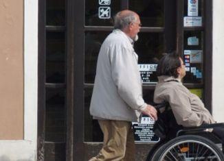 numero verde assistenza anziani
