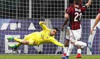 img_4562-324x192 Milan - Napoli: 0-0 sogno scudetto infranto per i partenopei che sbattono sulle manone di Gigio Donnarumma Calcio Prima Pagina Sport