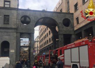 incendio a Milano, via Diaz