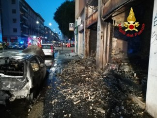 IMG-20180707-WA0018-324x243 Incendio in via Padova Milano Prima Pagina