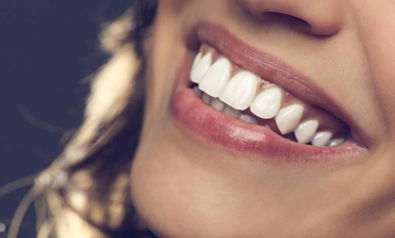 los-mejores-consejos-para-mantener-tus-dientes-blancos-con-metodos-caseros
