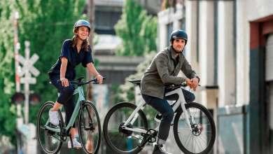 Photo of La bicicleta eléctrica de Gogoro pesa 10 kg y ofrece 88 km de autonomía y un diseño minimalista