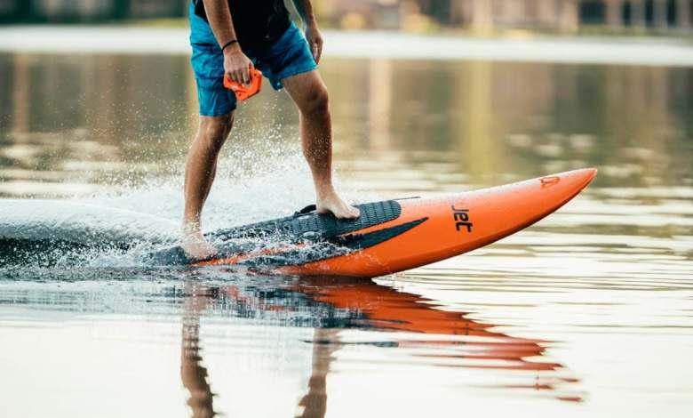 las-tablas-de-surf-tambien-pueden-ser-electricas-y-de-propulsion-a-chorro