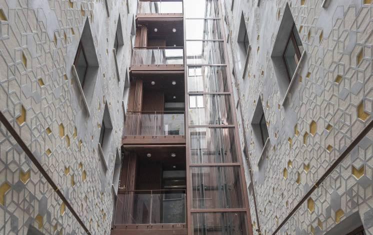 una-gran-fortuna-francesa-prueba-suerte-con-pisos-de-lujo-en-el-centro-de-madrid